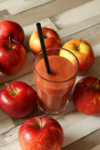 smoothie-jabłko-truskawka-kiwi